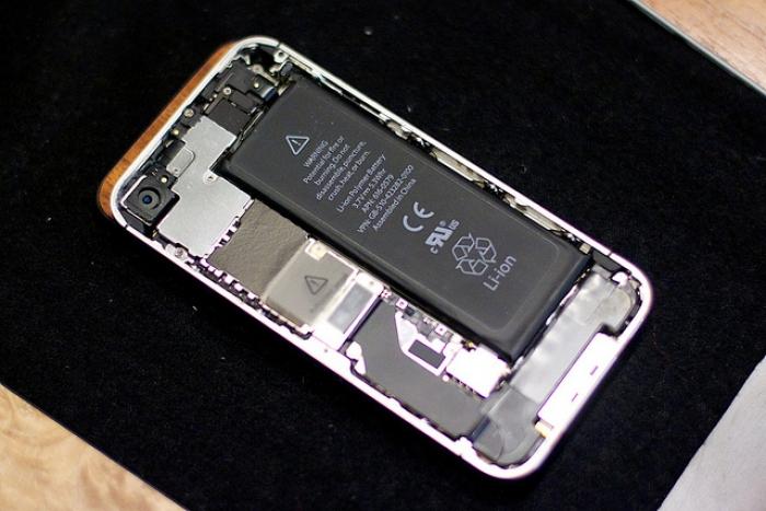 新宿でiPhoneのバッテリー交換!新宿で評判の良いiPhone修理店5選
